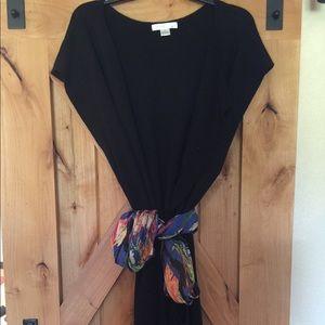 Women's sleeveless cape